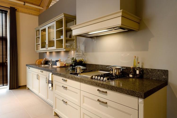 Granieten werkbladen kristal keukens gorredijk heerenveen - Keuken met granieten werkblad ...